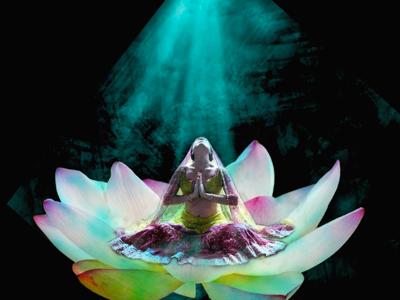 Padmasanathe Emblem Of Divine Beauty